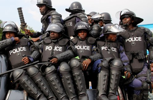24 WAYS TO STAY OUT OF TROUBLE IN NIGERIA.